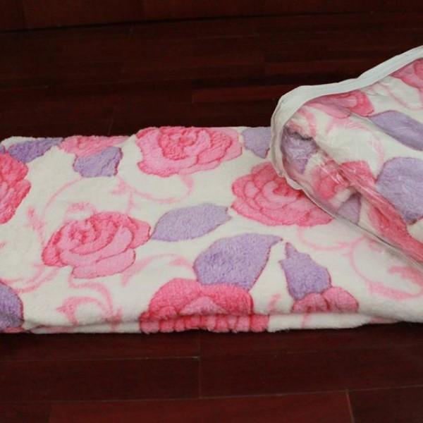 ผ้าห่มขนแกะปะการัง
